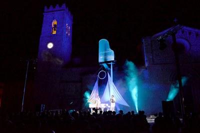 """""""Flota... dos"""" era uno de los espectáculos más esperados (foto: Ayuntamiento de Rubí - Localpres)."""