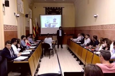 Reunión informativa del primer grupo de compra agregada de energía (foto: Ayuntamiento de Rubí).