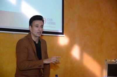 El Mag Lari durante su conferencia (foto: Localpres).