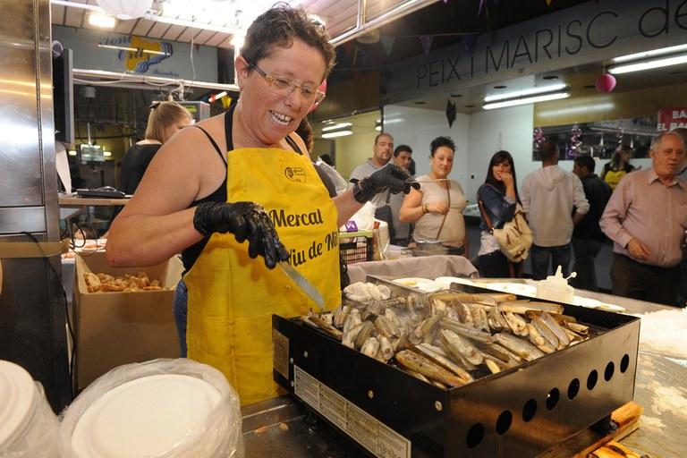 Cocinando las tapas (foto: Localpres)