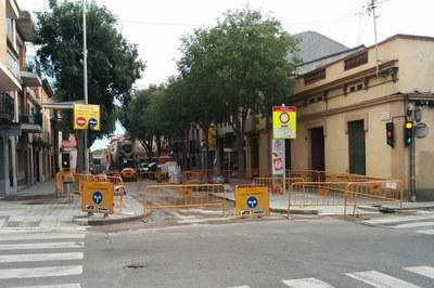 Entre el martes por la mañana y el miércoles por la tarde, el cruce entre Cadmo y Pau Claris estará cortado al tráfico.