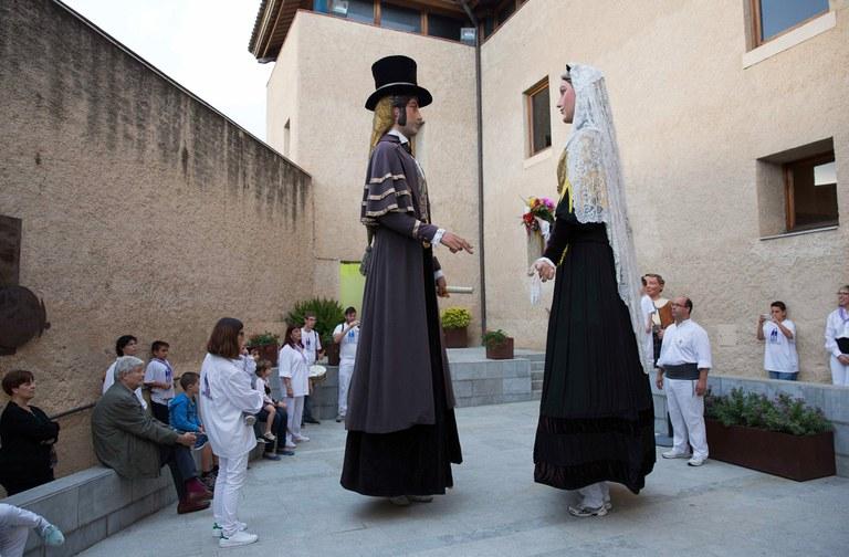 Los Gegants han bailado durante la inauguración (foto: Localpres)