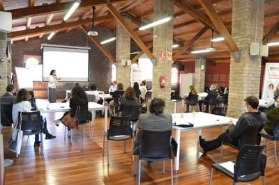 Un momento de la sesión de trabajo que ha tenido lugar en la Masía de Can Serra (foto. Ayuntamiento de Rubí).