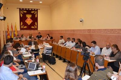 El Pleno correspondiente al mes de mayo se ha celebrado en la Sala Enric Vergés.