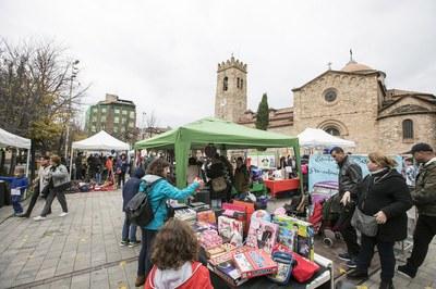 La Gran Acción ha tenido lugar este sábado en la pl. Doctor Guardiet y en la calle Montserrat (foto: Lali Puig).