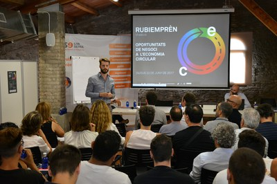 Nicola Cerantola, de Ecologing, ha hecho un recorrido por las características de la economía circular.