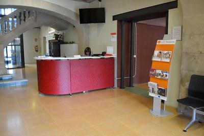 El Servicio de Creación de Empresas está situado en la Masía de Can Serra.