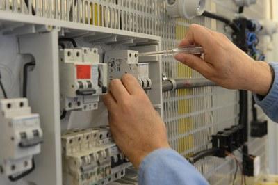 Los jóvenes trabajarán como electricistas (foto: Localpres).