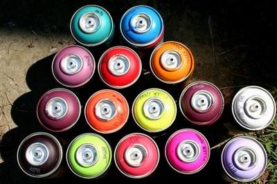 La jornada 'Graffitis en los barrios' tendrá lugar en el Vint-i-cinc de Setembre.