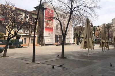 La hostelería ve limitada su actividad a entregas a domicilio y recogida de encargos (foto: Ayuntamiento de Rubí - Localpres).