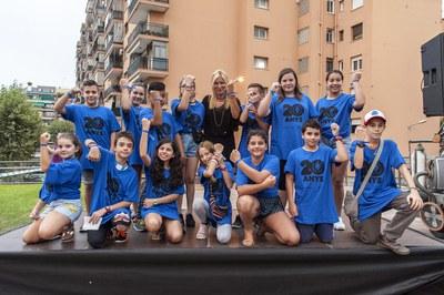 La alcaldesa con los miembros del Consejo de los Niños (foto: Cesar Font).
