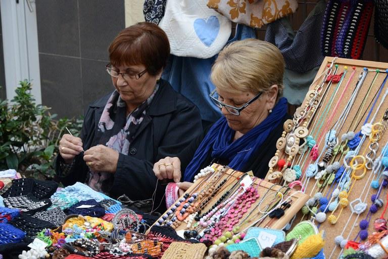 Puestos de artesanía (foto: Localpres)