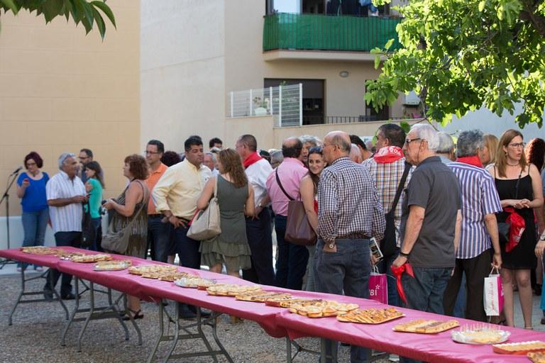 La recepción se ha hecho en los jardines del Ateneu (foto: Localpres)
