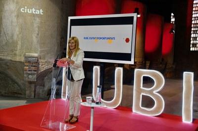 La alcaldesa, durante la presentación en El Celler (foto: Ayuntamiento Rubí - Localpres).