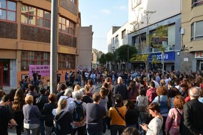 En Rubí, la concentración ha tenido lugar delante de los juzgados.