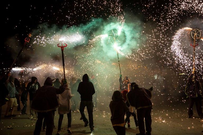 El Correfoc, un nuevo éxito de participación (foto: Localpres)