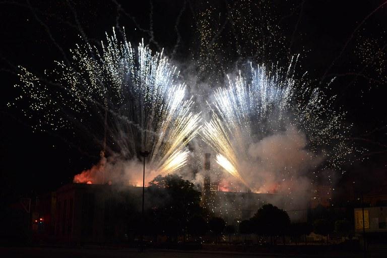 El Piromusical puso el punto final a la fiesta (foto: Localpres)