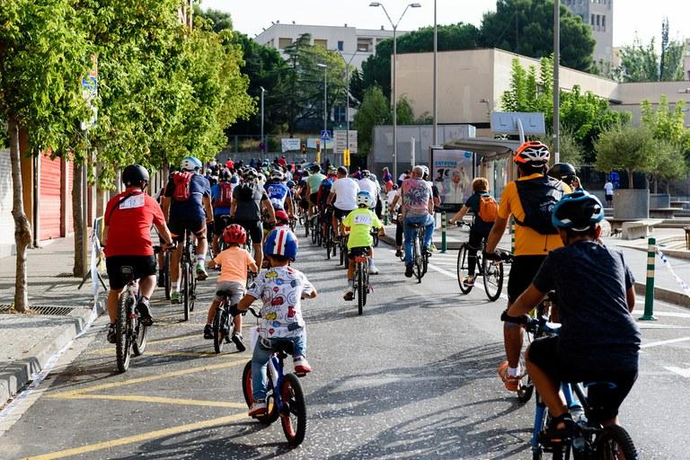 Participantes en la Bicicletada (foto: Ayuntamiento de Rubí - Localpres)