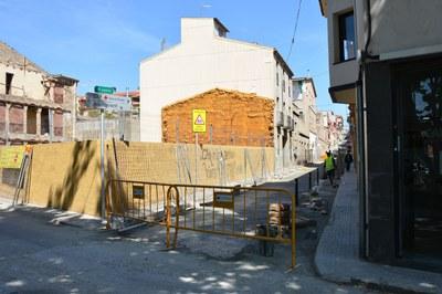 Este jueves, el cruce entre las calles Terrassa y Justícia quedará cortado por unas obras de mejora en el colector.