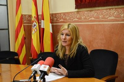 La alcaldesa, Ana María Martínez, ha dado a conocer que se reactiva la campaña 'Vius així?' a los medios de comunicación (foto: Localpres).