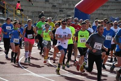 La actividad ha tenido lugar en las pistas de atletismo de Can Rosés (foto: Ajuntament - Localpres).