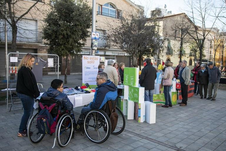 La plaza se ha llenado de actividades (foto: Ayuntamiento - Lali Puig)