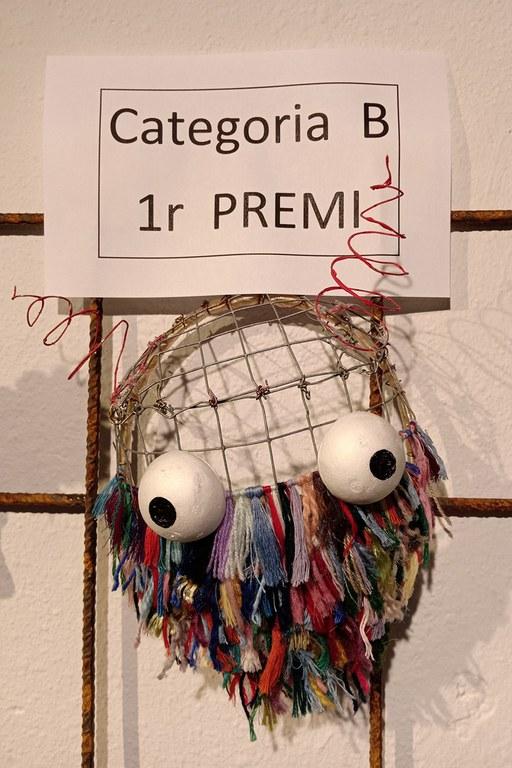 Máscara ganadora en la categoría B, creada por Mireia Cortés (foto: Ayuntamiento)