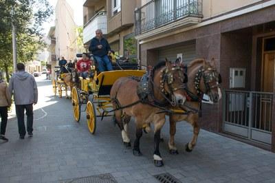 Este año, 'Puja al carro de Sant Antoni' ha contado con dos carruajes (foto: Localpres)