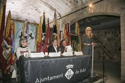 La alcaldesa, durante su intervención (foto: Ayuntamiento ─ Lali Puig).