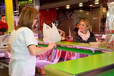 El Mercado ha sido otro de los equipamientos que ha contado con la visita de la alcaldesa (foto: Localpres)