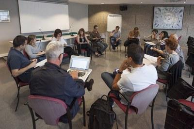 La Mesa por el derecho a la vivienda se ha reunido nuevamente esta semana (foto: Localpres).