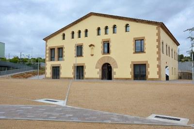 Todas las acciones se realizan en la Masía de Can Serra, sede de la OSE.