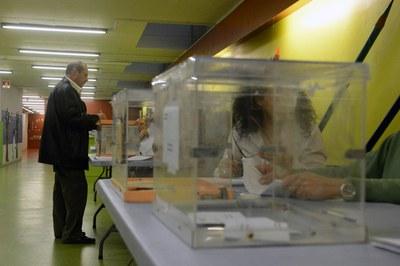 Las votaciones se están produciendo con plena normalidad (foto: Localpres).