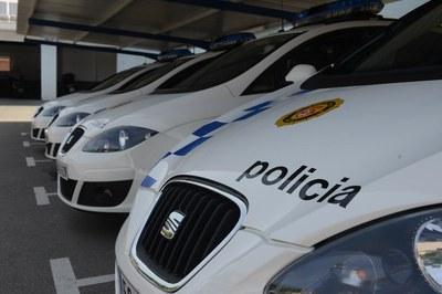 La Policía Local vela para que la ciudadanía cumpla las medidas dictadas por las autoridades sanitarias para contener la COVID-19 (foto: Ayuntamiento de Rubí - Localpres).