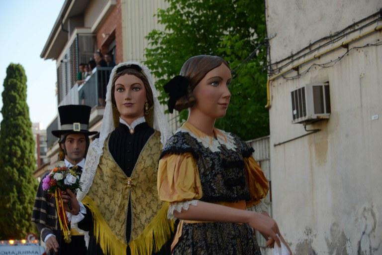 Los Gegants en el cortejo (foto: Localpres)
