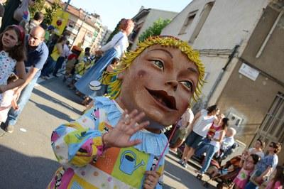 El primer acto de la Fiesta Mayor es el cortejo (foto: Localpres)