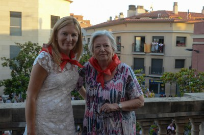 La alcaldesa con la pregonera (foto: Localpres)