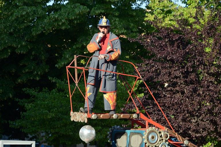 """El espectáculo """"Les Pompiers"""" de La Tal (foto: Localpres)"""