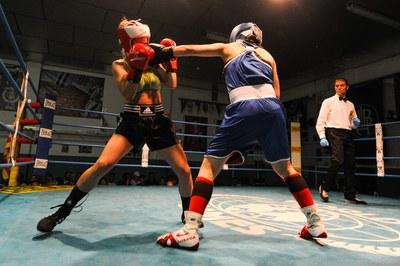Uno de los combates (foto: Localpres)