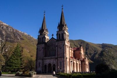 Covadonga es una de las localidades que visitarán las personas que han optado por viajar a Asturias.