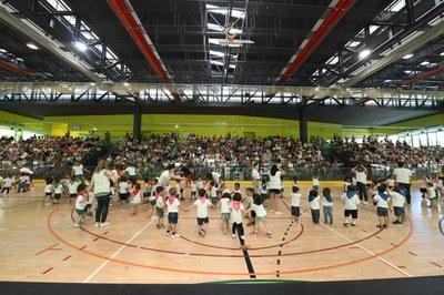Familias y alumnado han llenado  La Llana (foto: Ajuntament - Localpres).
