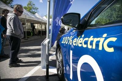 La Feria del Vehículo Eléctrico ha vuelto a ser un escaparate de la movilidad eléctrica y sostenible (foto: Ayuntamiento de Rubí - Lali Puig)