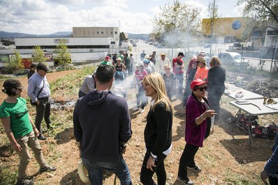 La comida ha contado con la participación de unas 130 personas (foto: Ayuntamiento – Lali Puig).