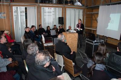 La primera tinenta d'alcalde, Maria Mas, durante su intervención (Foto: Localpres).