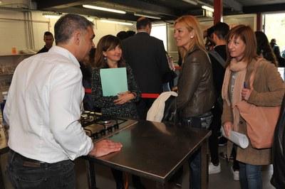 El alcalde ha visitado los pruebas de oficios (foto: Localpres).