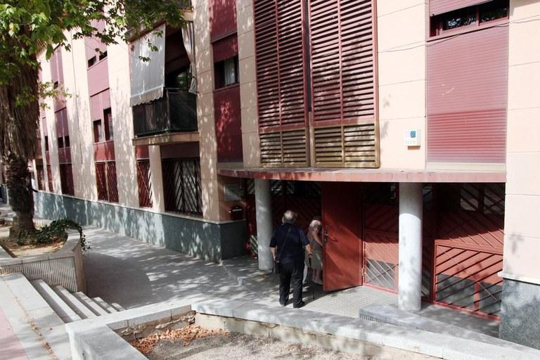 Las viviendas están en la plaza Miguel Hernández (foto: Localpres)