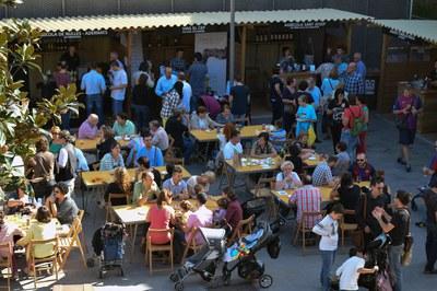 Ambiente en la Feria del vino de Rubí (foto: Localpres).