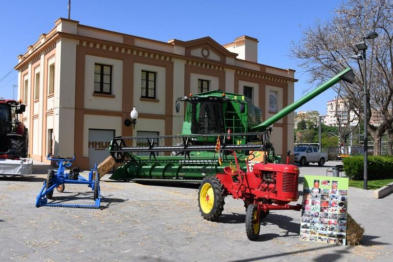 La feria ha contado con una muestra de maquinaria agrícola (foto: Localpres)