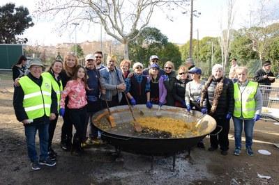 Paella popular en Ca n'Oriol (foto: Localpres)