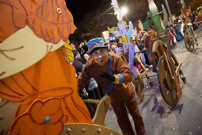 La cabalgata se llena de personajes (foto: Localpres)